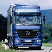 Mercedes-Benz Actros - kamion godine 2004.