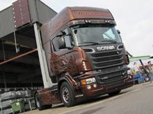 Scania R730 V8 Black Amber