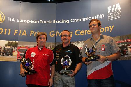 Sezona 2011 - trijumf Jochena Hahna