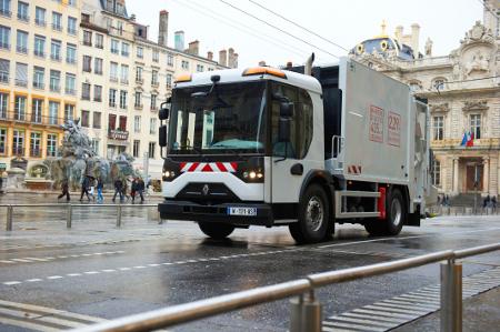 Renault Access - moderno vozilo za komunalne poslove u urbanim sredinama
