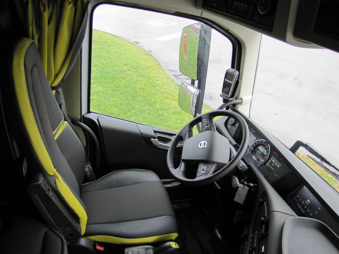 Volvo FH16 - unutrašnjost