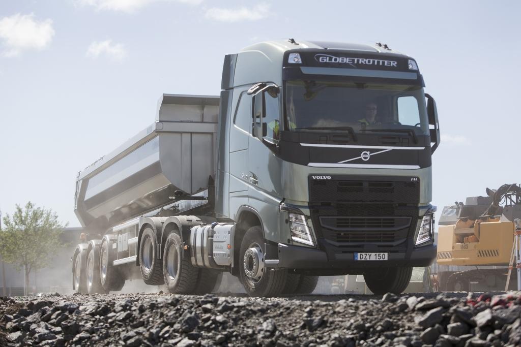Pogon 6x4 ili 4x2, po potrebi: Volvo Trucks sustav podizanja druge pogonske osovine