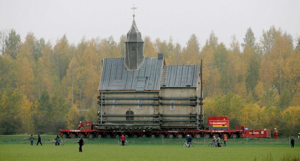 Kako u devet dana premjestiti 800 godina staru crkvu