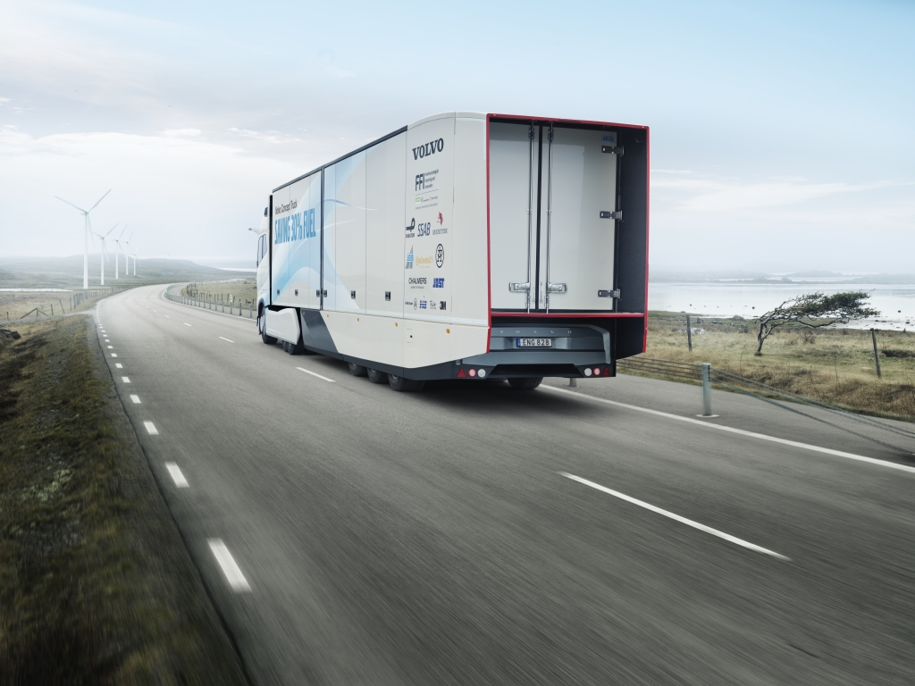 Volvo konceptni kamion - ušteda godriva i do 30 %