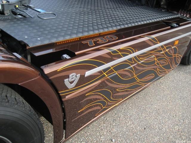 scania r730 v8 black amber hr kamioni. Black Bedroom Furniture Sets. Home Design Ideas