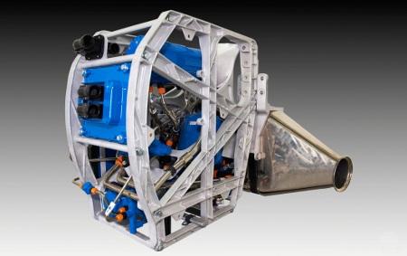 Obnavljanjem topline iz ispušnih plinova Rankineov sustav može proizvesti električnu energiju za rad električnih dijelova i tako smanjiti opterećenje na alternatoru.