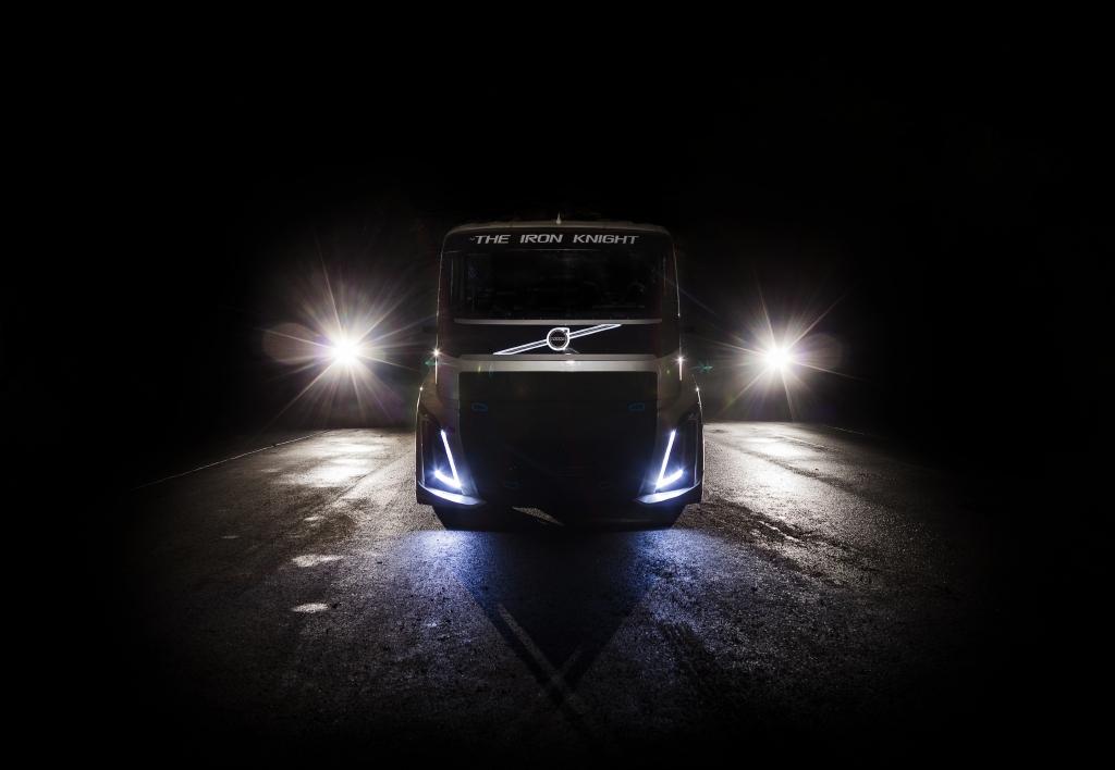Iron Knight, kamion tvrtke Volvo Trucks dizajniran za pokušaj obaranja bsvjetskih brzinskih rekorda za kamione